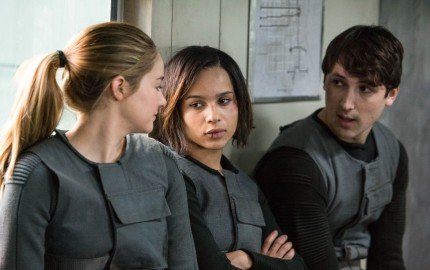 (L-R) SHAILENE WOODLEY, ZOE KRAVITZ and BEN LLOYD HUGHES star in DIVERGENT
